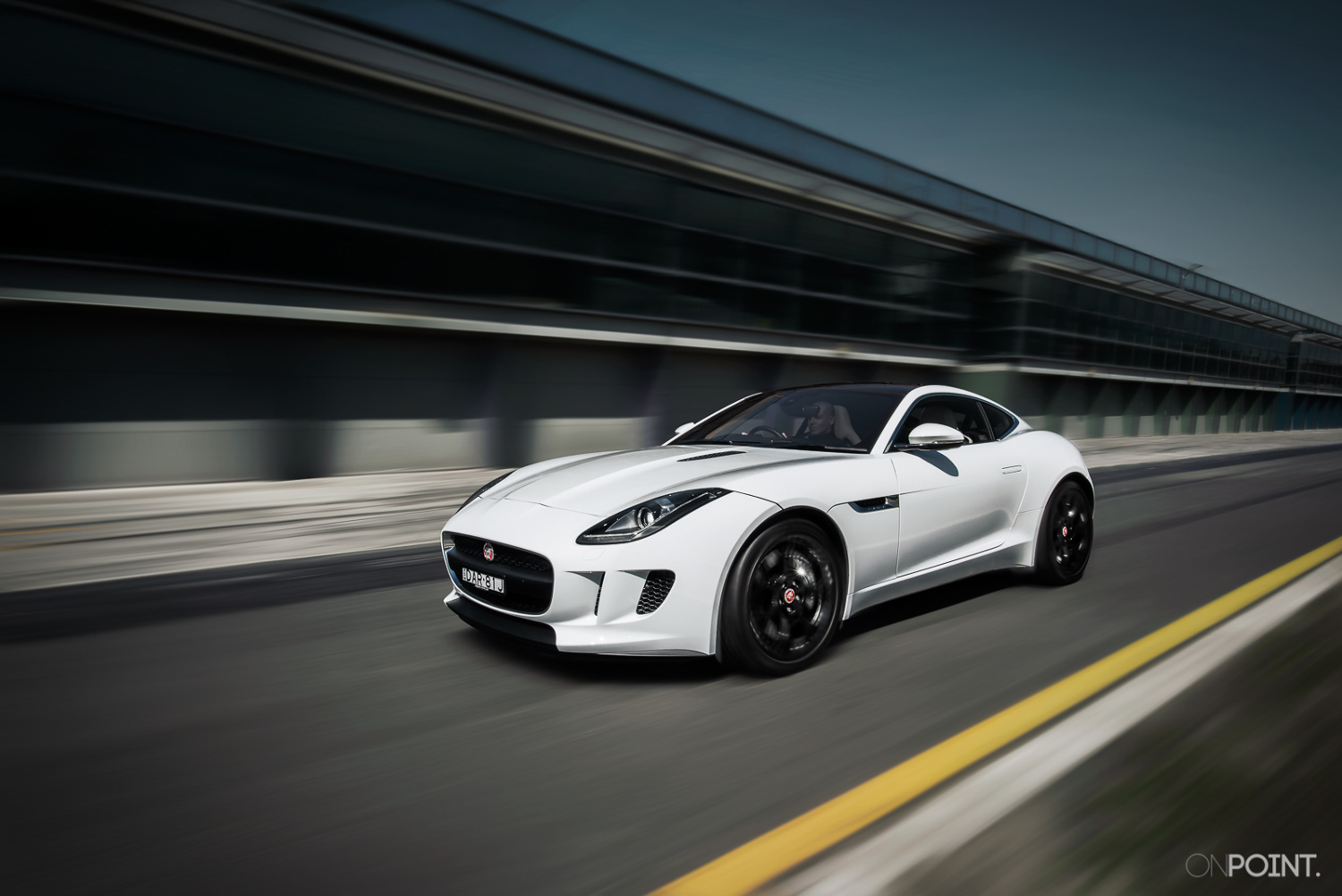2015 jaguar f type track onpoint. Black Bedroom Furniture Sets. Home Design Ideas